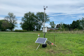 Enviroweather weather station at Lancaster, WI