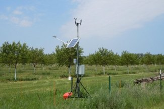Enviroweather weather station at Sturgeon Bay, WI